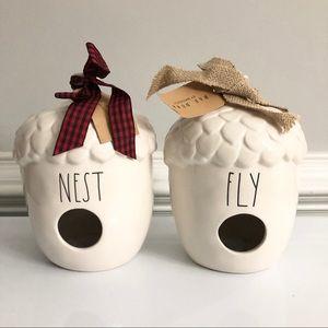 RAE DUNN   Nest & Fly Acorn Birdhouse Set